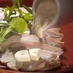 Cielęcina z sosem z tuńczyka