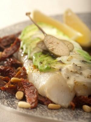 Filet z halibuta z zapiekanym awokado